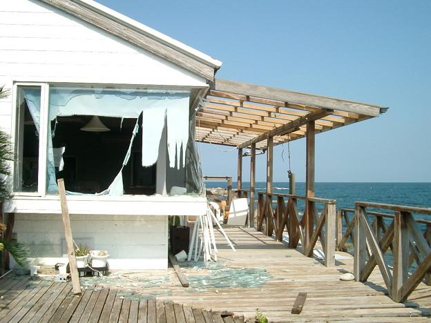 日本風景・海辺のカフェショップ