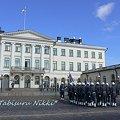 Photos: フィンランド首相官邸へ向かう