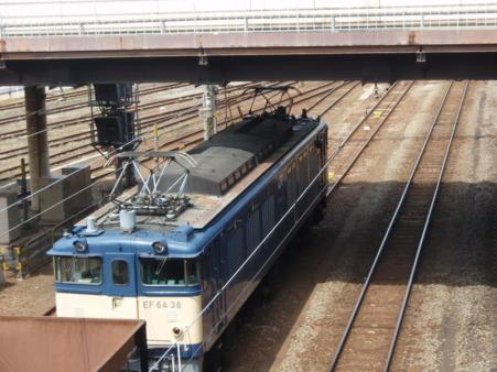 EF64-38+ホキ800(八王子駅)3