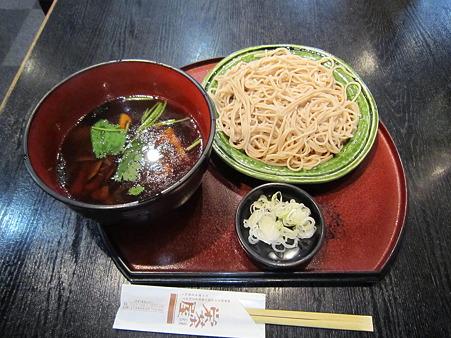 栄茶屋の蕎麦