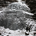 氷結の丸森不動滝