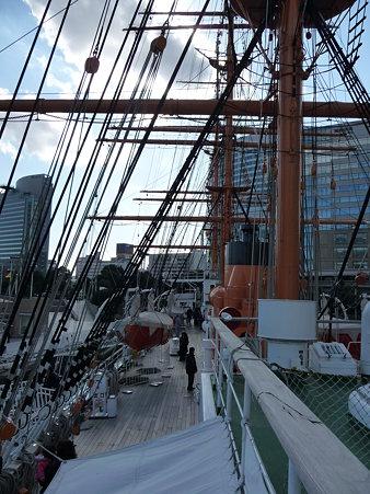 100127-日本丸乗船 (5)