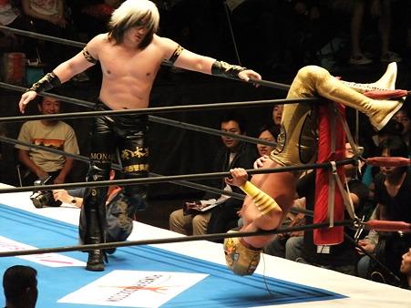 新日本プロレス BEST OF THE SUPER Jr.XIX Aブロック公式戦 アンヘル・デ・オロvsタイチ (2)