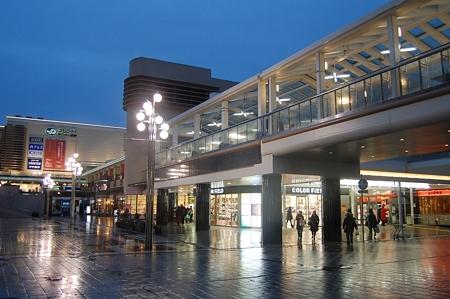 西神中央駅周辺のショッピングモール