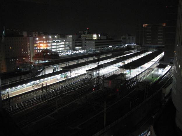 夜中の福岡駅上空