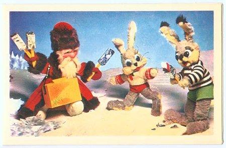 サンタクロースにアイスをもらってご機嫌なうさぎ達