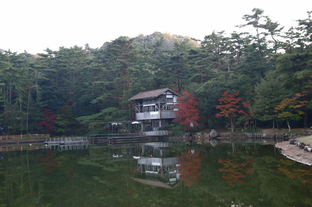 湖畔の茶屋