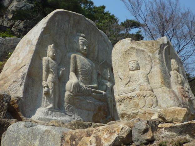 世界遺産:七仏庵磨崖仏像群全景~韓国慶州 Seven Buddhas He-rmitage