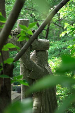 2011.06.12 山手 外人墓地 マリア