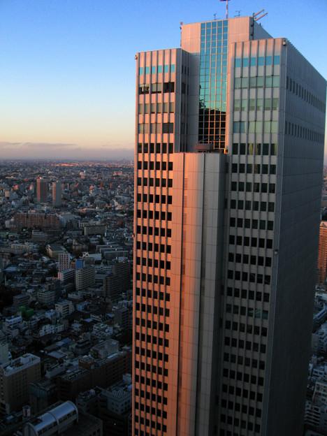 職場の窓から。或る日の夕暮れ。2007_1122_canonA540_0069
