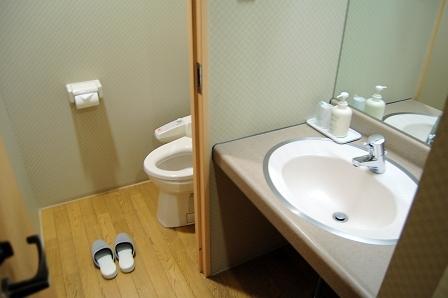 客室トイレ&洗面台