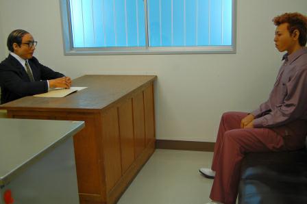 拘留質問室にて。ヤンキー風情の若者が味わい深い