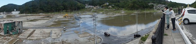 台風で浸水した女川町中心部(震災による地盤沈下)_120620_09