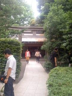 國學院大学神殿。
