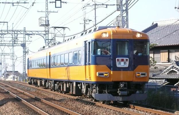 近鉄16010系(近鉄南大阪線)(2009年11月撮影)