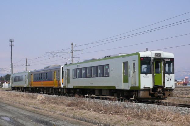 キハ110系+キハE120形+キハ110系 快速あがの(磐越西線)(2010年3月撮影)