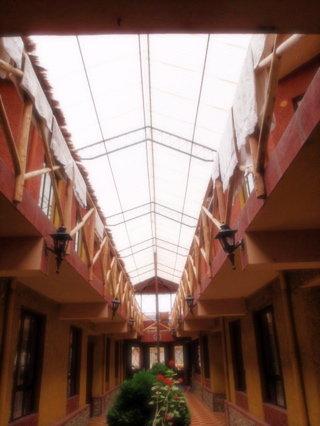 Hotel girasoles1